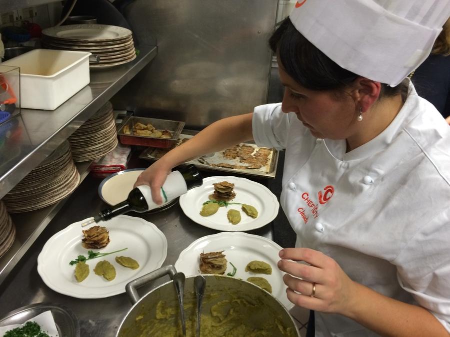 Claudia Fabiani prepara le sue Alici nella ricetta delle meraviglie