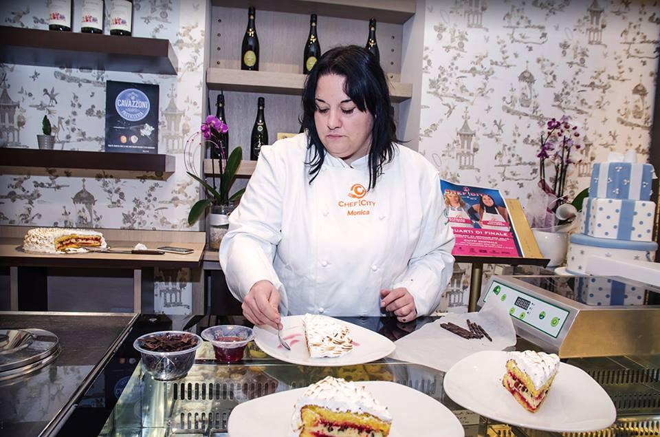 Ritocchi della zuppa inglese di Monica