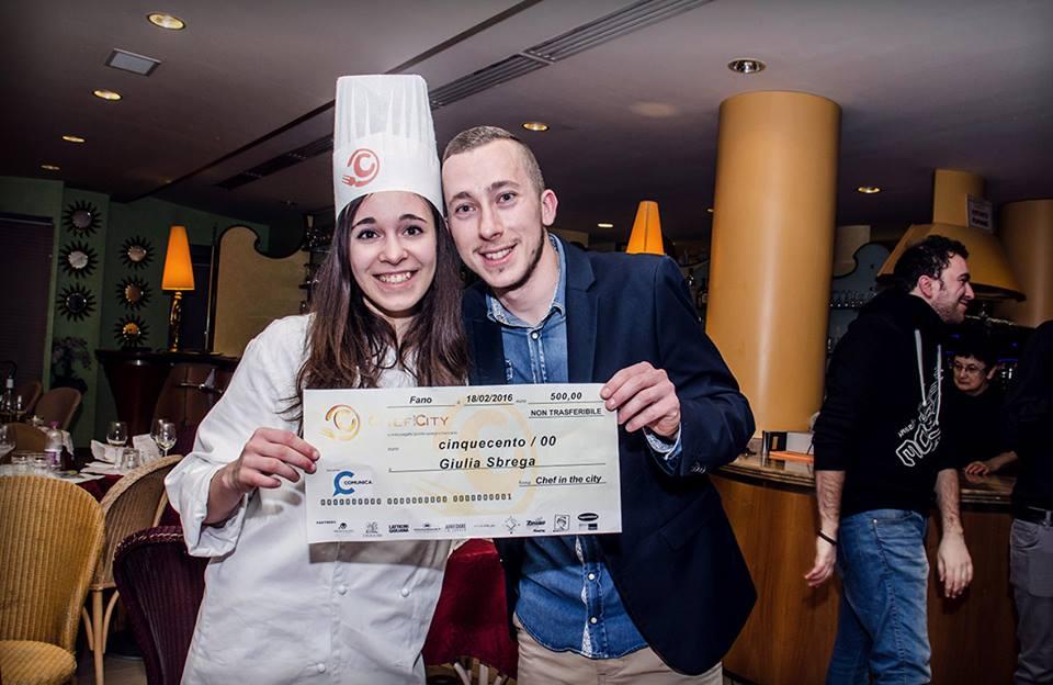 La vincitrice Giulia insieme a Marco Tombari